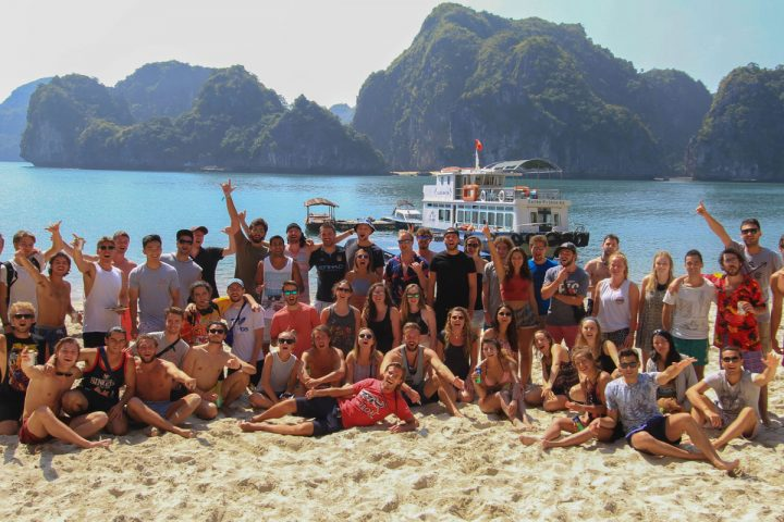"""<span class=""""hot"""">Hot <i class=""""fa fa-bolt""""></i></span> The Ultimate Halong Bay Trip for Backpackers! (3 Day / 2 Night Adventure)"""