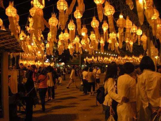 Thailand Festival Loi Krathong - Festivals in Southeast Asia
