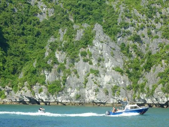 Wakeboarding Castaway Island
