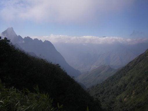 The mighty peak of Mount Fansipan!