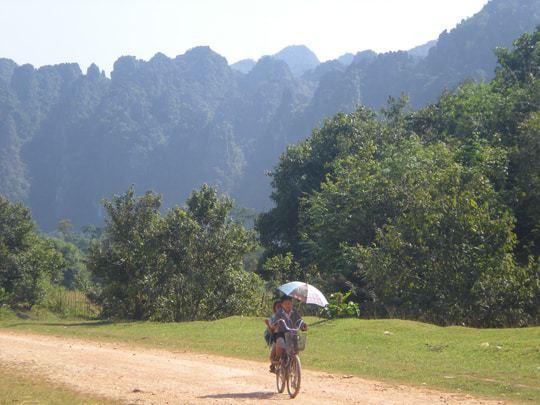 Vang Vieng Karsts