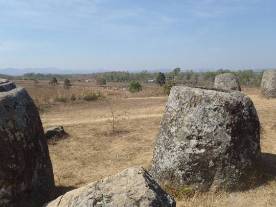 jars Phonsavan & The Plain of Jars