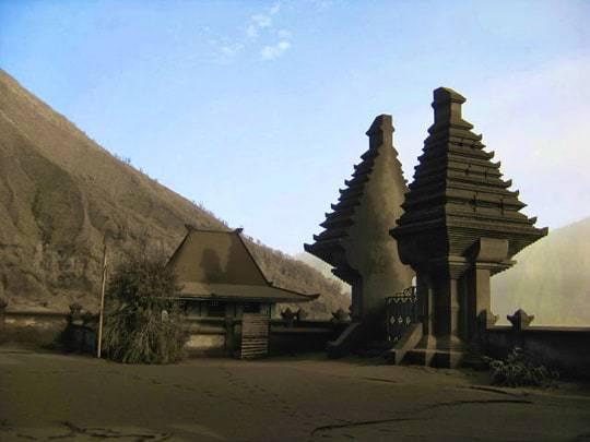 Hindu Temple Pura Luhur Poten edit