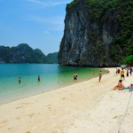 Halong Bay & Castaways Island (VIETNAM)