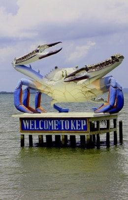 Kep crab statue