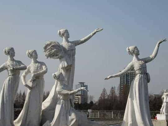Statues in North Korea