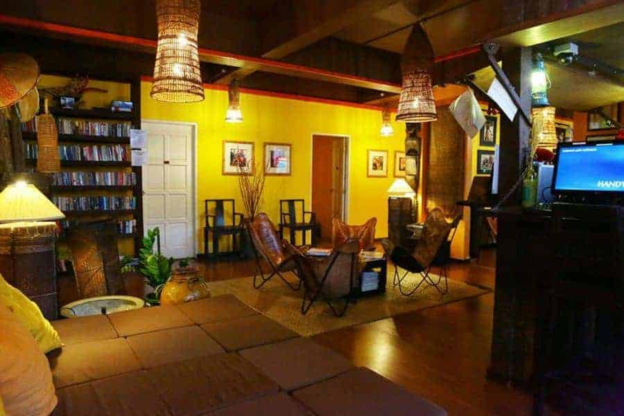 The lounge at Singgahsana Lodge, Sarawak