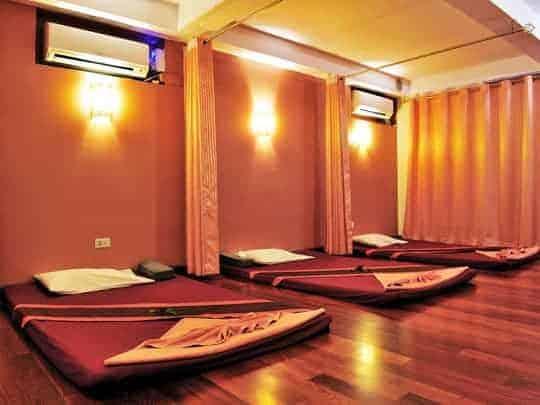 Massage in Asia