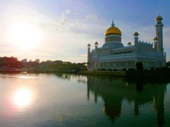 Brunei's Omar Ali Saifuddien Mosque.