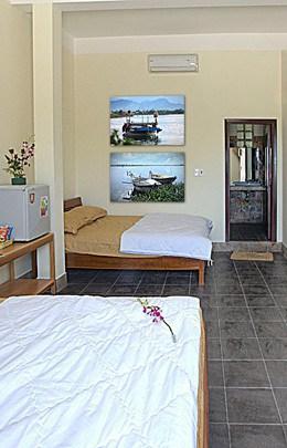 Sleepy Gecko Best Hostel Hoi An Vietnam South East Asia Backpacker Bedroom