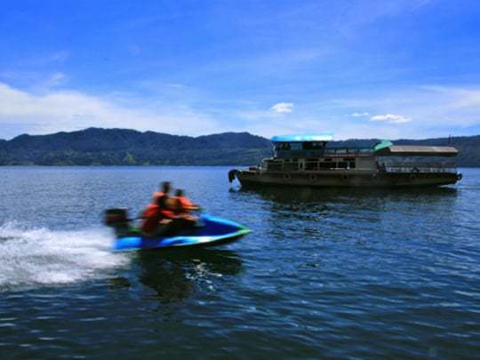 Boat to Samosir Lake Toba