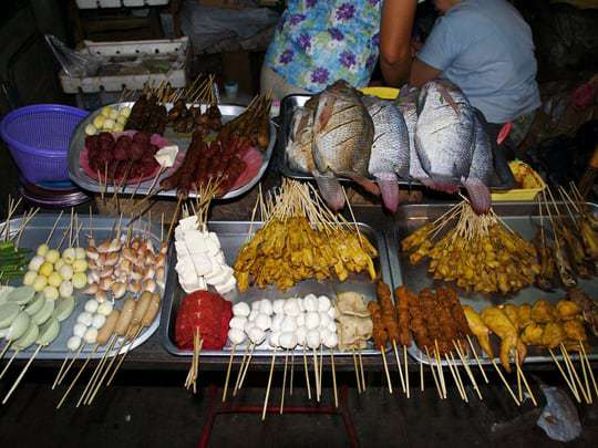 19 street barbecue - Myanmar Travel Essentials 2