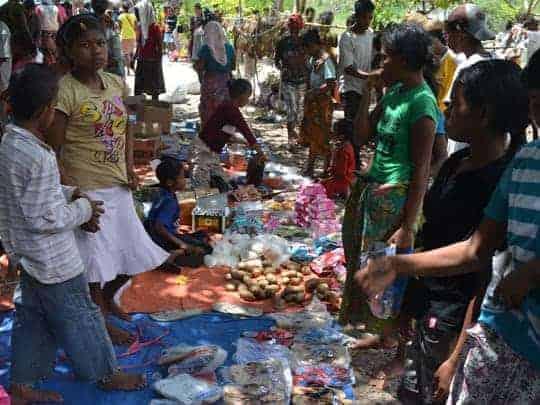 1. Autoro Island, Local Market