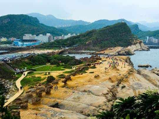 t Bizzare rock formations in Yehliu Geopark Taiwan