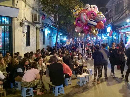 EDIT - Ta Hien Street (Beer Corner), Hanoi