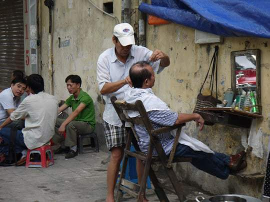 Hanoi hairdresser EDIT