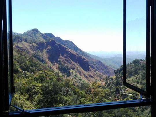 view-from-ellas-edge-sri-lanka