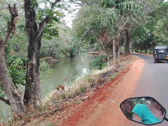back-roads of Sri Lanka