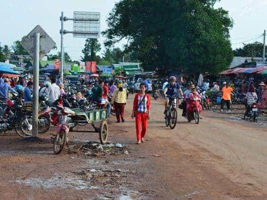 my-sister-fi-cycling-through-sra-aem Cambodia cycle