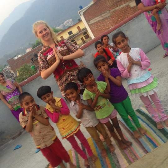 teaching-yoga-to-the-kids