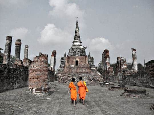 Sukhothai Vs Ayutthaya monks
