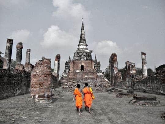 Sukhothai Vs Ayutthaya monks