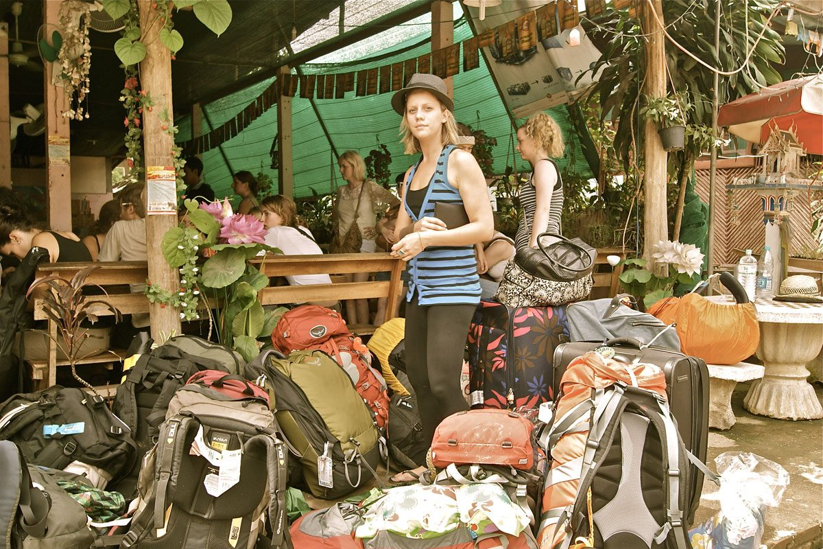 10 Travel Scams to Avoid in South East Asia!