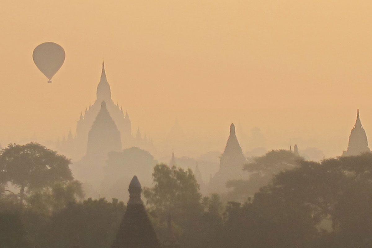 Bagan (thousands of crumbling temples)