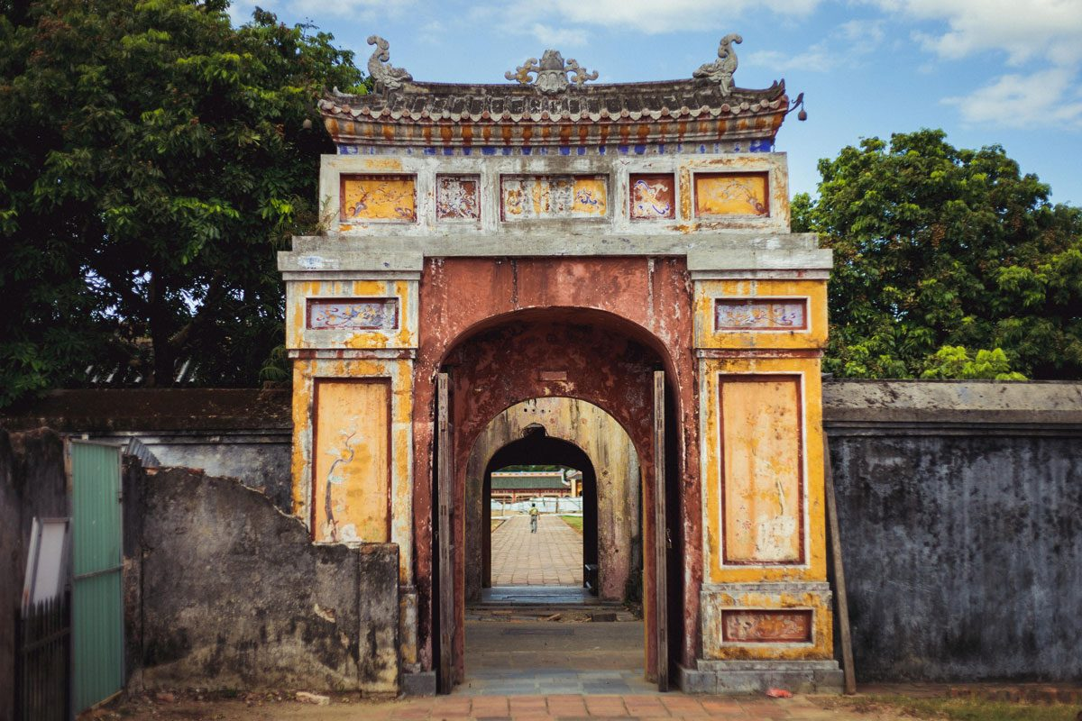 Hue (Ancient Pagodas & Palaces)