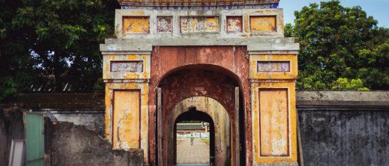 Hue (Ancient Pagodas & Palaces)