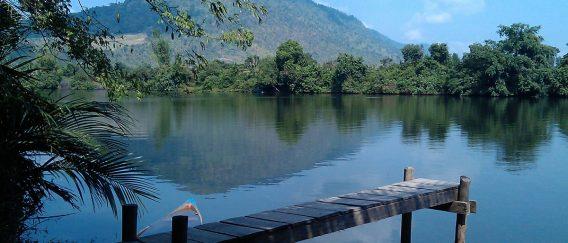 Kampot (Colonial Riverside Town & Bokor Mountain)