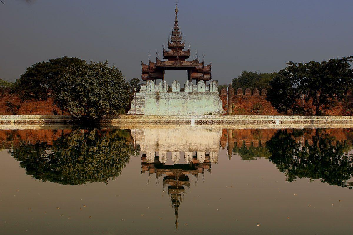 Mandalay (Soak up some culture)
