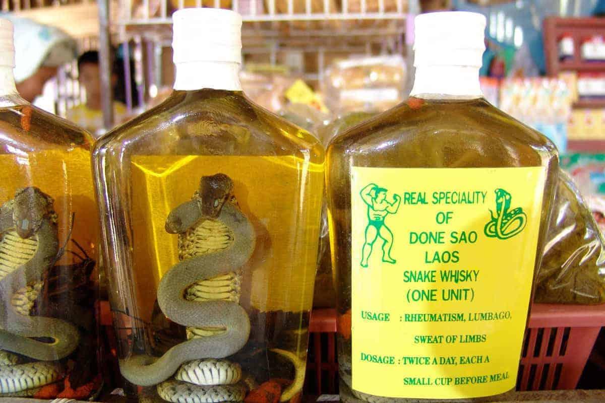 Snake-Whisky