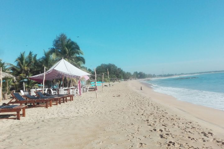 Arugam Bay & Pottuvil (Surf, empty beaches & Local culture)