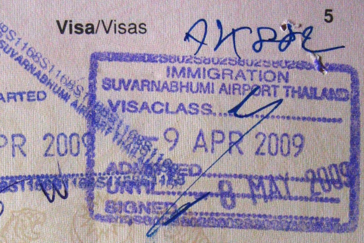 A Crash Course in Thai Visa Runs: Extending Your Stay in the Land of Smiles