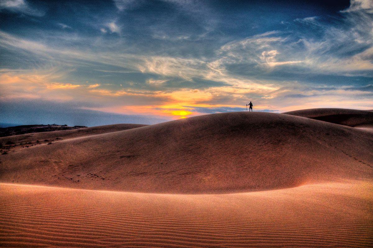 Mui Ne, Vietnam (Kitesurfing & Sand dunes)