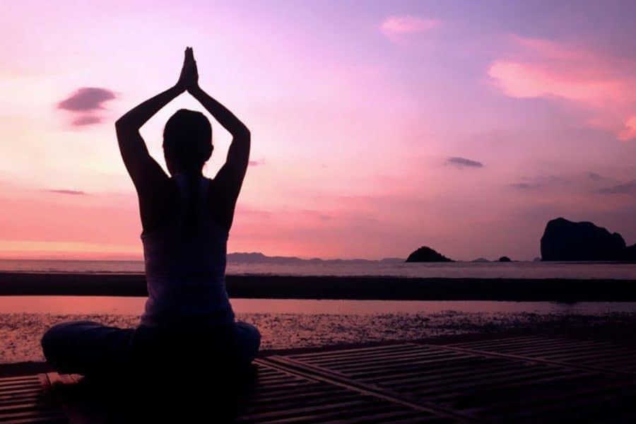 Meditation Weihnachten 2019.Yoga Meditation Retreats Classes Courses In Southeast Asia