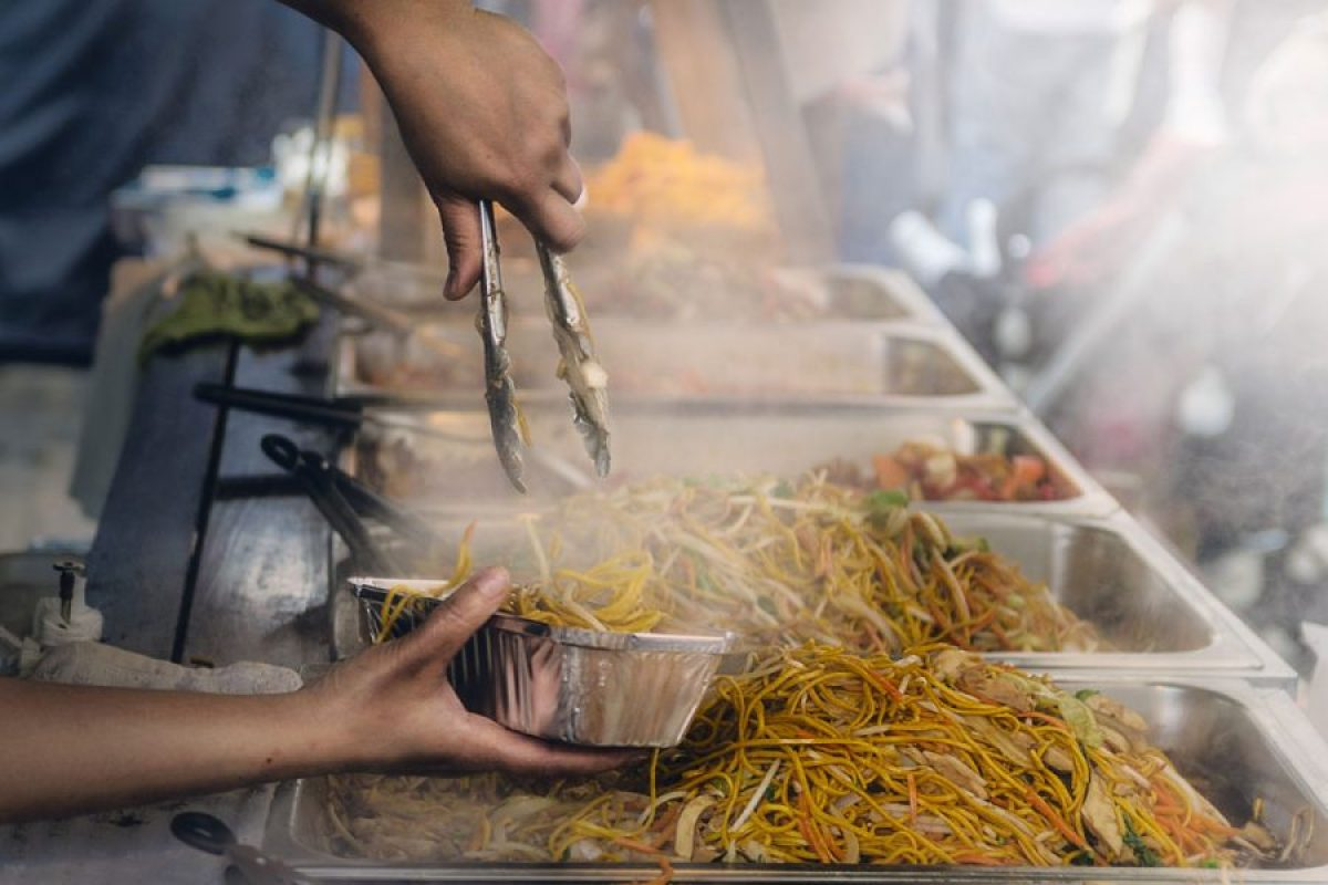 Taking it to the Streets! Your Guide to Street Food in South East Asia