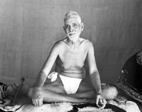 Ramana Maharshi in his loin cloth. Spiritual Extremists