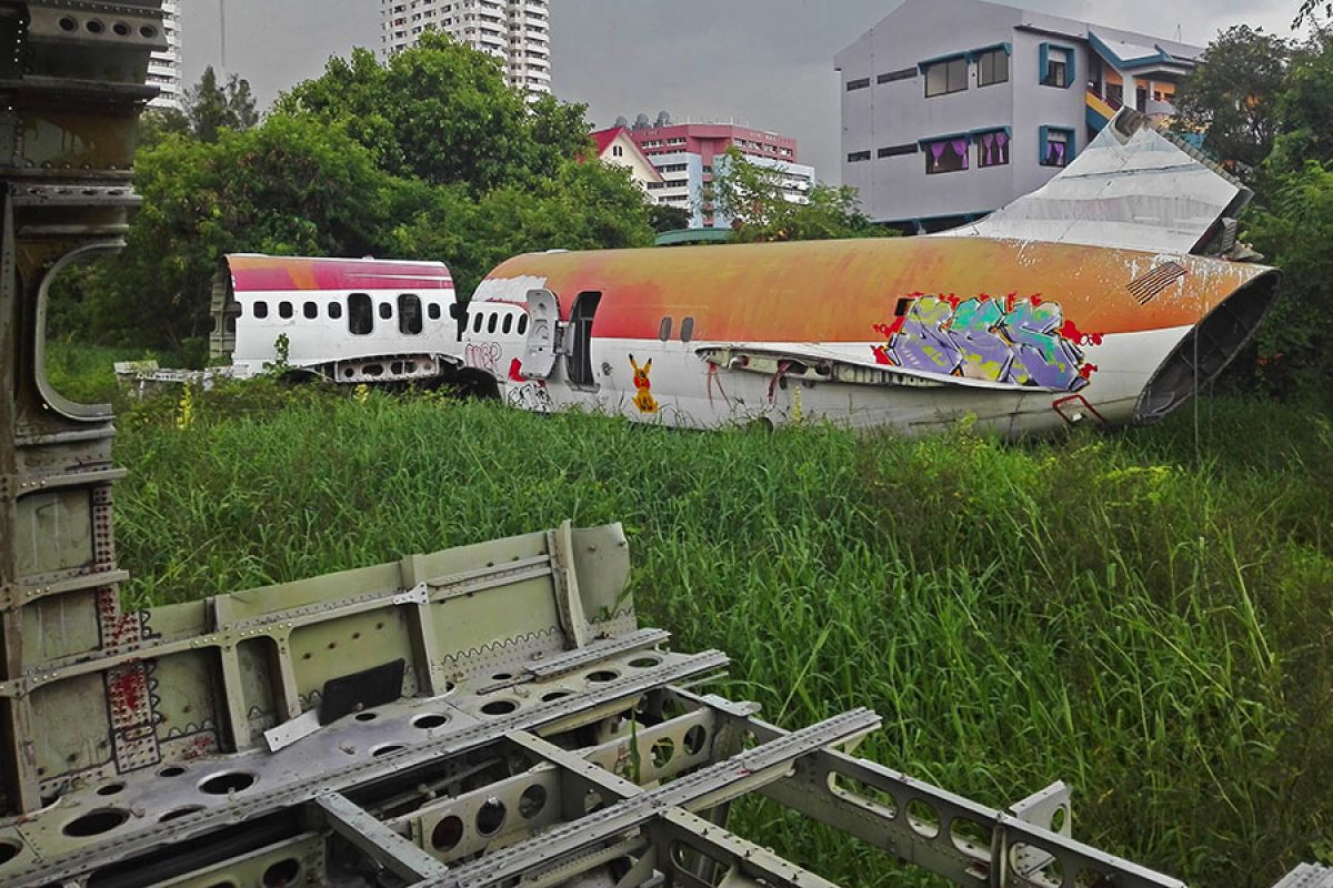 The Aeroplane Graveyard, Bangkok – Where Planes Go When They Die…
