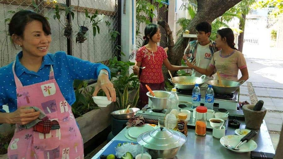 Cooking class at Ma Ma Guesthouse, Mandalay.