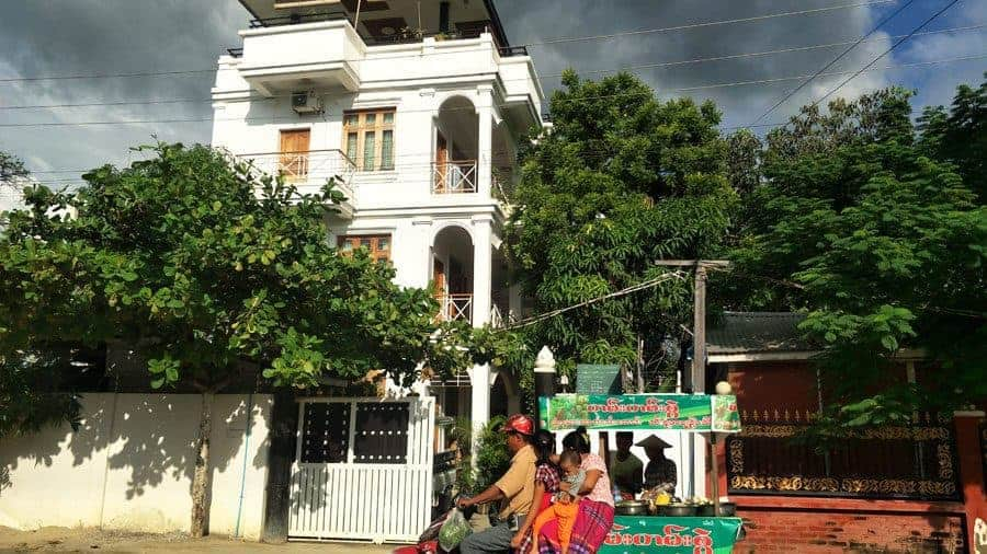 Ma Ma Guesthouse Mandalay, storm brewing, 4 on a bike and street food.