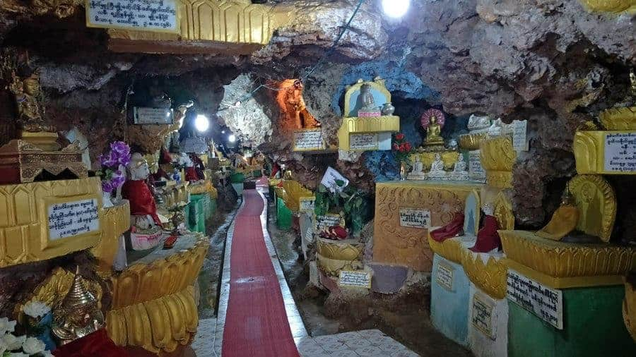 Hundreds of colourful Buddhas inside Shwe Oo Min Phaya, Kalaw.
