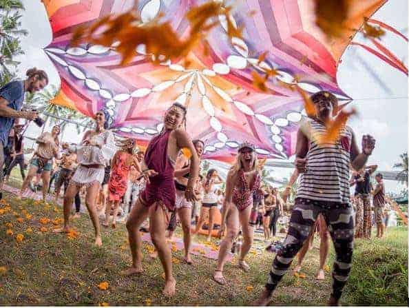 Girls dance at Bali Spirit Festival