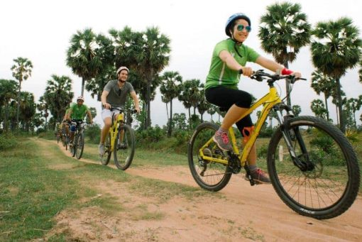 Off the beaten path cycling tour Siem Reap