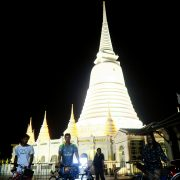 Bangkok Temple Night Bike Tour