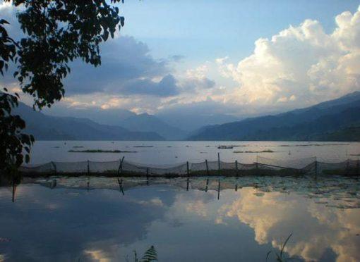 Pokhara, Phewa Tal Lake.