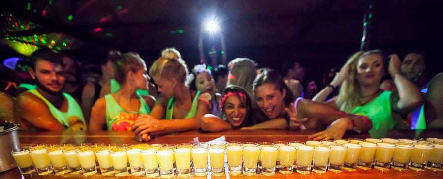 Bar_shots-Shiralea-Backpackers Hostel, Koh Phangan