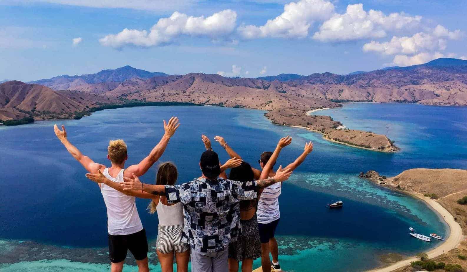 Komodo Island Hopper 9 Days Lombok To Flores Indonesia