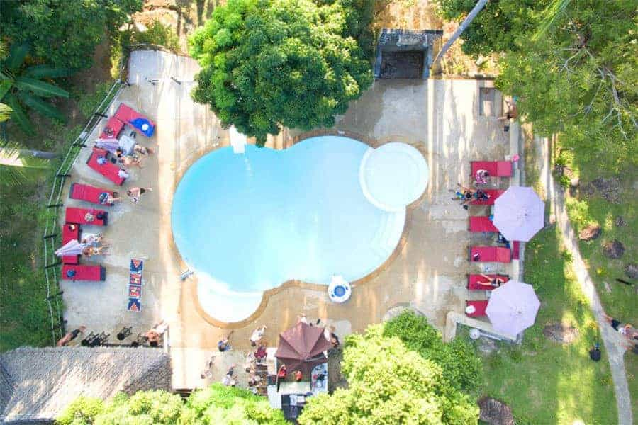 Shiralea-Backpackers-Pool-Birdseye-View